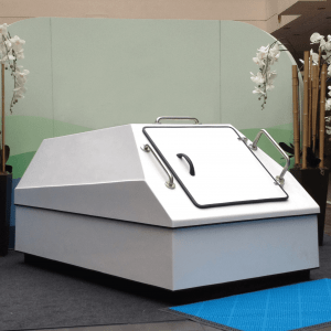 LARGE SENSORY DEPRIVATION FLOAT TANK FOR HOMES AND SPAS